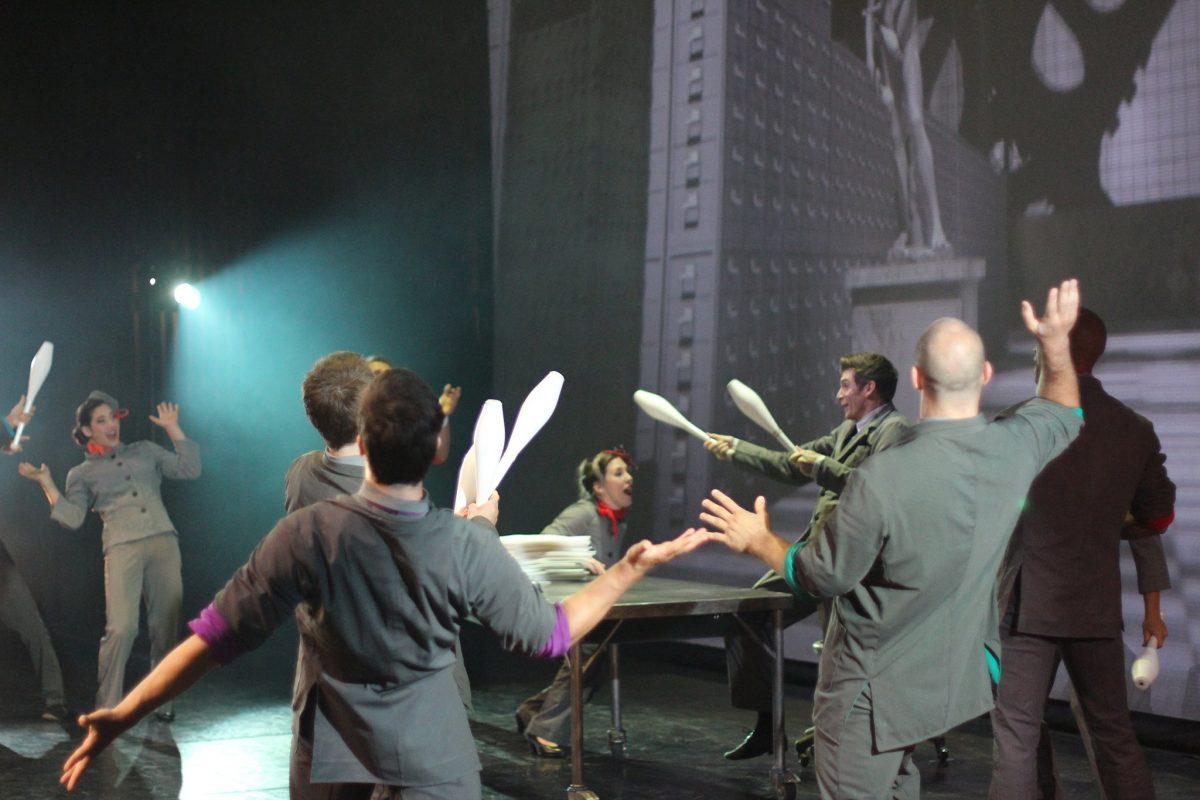 Cirkopolis juggling