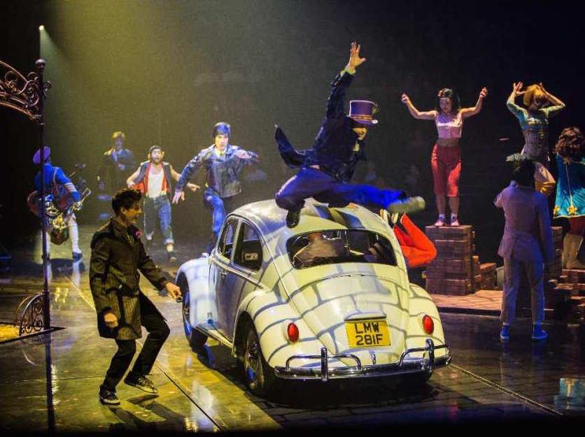 Cirque du Soleil Beatles Love show